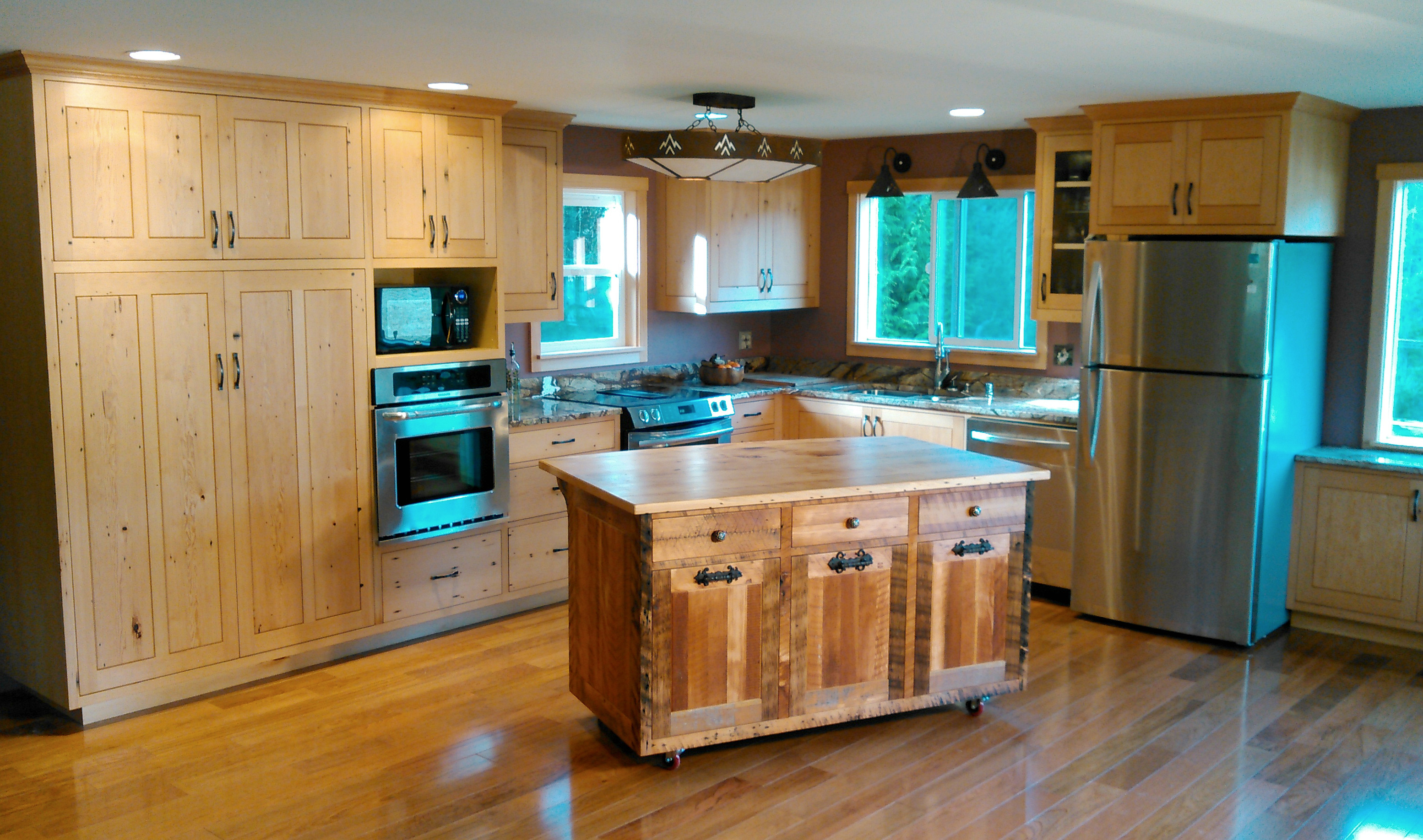 Farm Kitchen with rolling Sanded Rough Sawn (SRS) island.